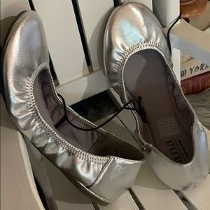 Ladies size 6 silver slip on shoes